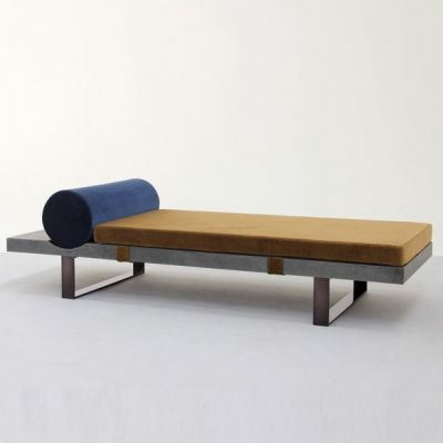 LAVASTONE DAYBED