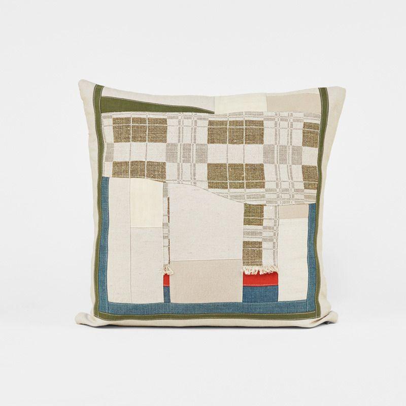 Commune Pillows